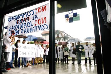 20081115130558-protestacaduca.jpg