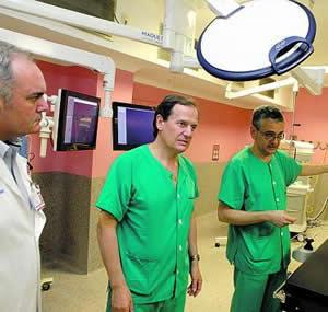 20110516184836-quirofano-vascular-gijon.jpg