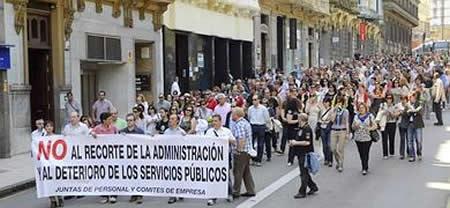 20120526105015-manifa-funcionarios.jpg