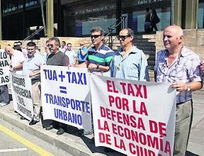 20140904083730-04.taxi.jpg