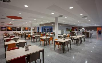 20140922102842-cafeteria-huca-02.jpg