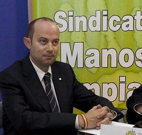 20151015102731-manos-limpias-asturias.jpg