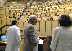 20090328143029-aulamedicina.jpg