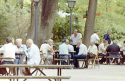 20100513122459-pensionistas.jpg