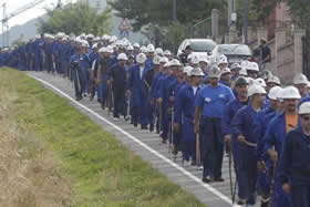 20100930091505-marcha-mineros.jpg