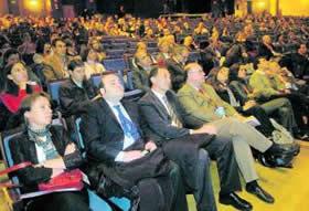 20101118112921-congresominterna.jpg