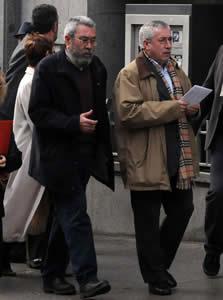 20110111111623-enero-negociando.jpg