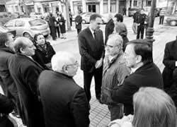 20110305121143-funeral-padre-quiros.jpg