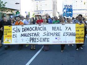 20110517211309-indignados01.jpg