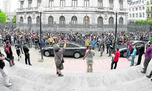 20110603103757-indignados-presidencia.jpg