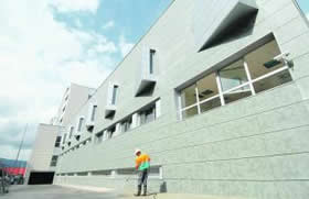 20110617091907-nuevo-hospital-mieres.jpg