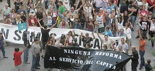 20110901102055-indignados-gijon.jpg