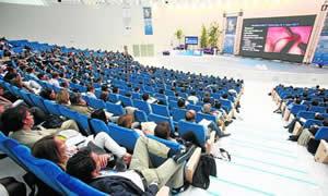 20111101103125-congreso-palacio-calatrava.jpg