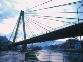 20111106114239-nalon-puente.jpg