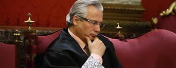 20120119214314-garzon-en-el-banquillo.jpg