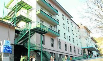 20120222101829-murias-hospital.jpg
