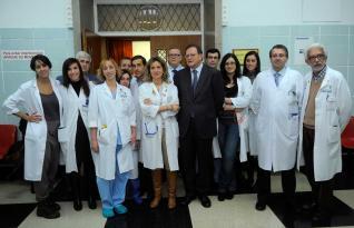 20120226120948-equipo-huca-trasplante-antebrazo.jpg