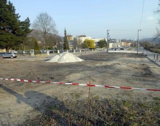 20120303091305-aparcamiento-hvn.jpg