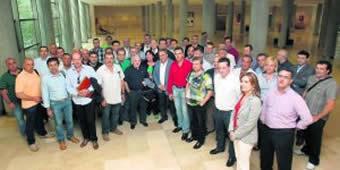 20120527105957-alcaldes-mineros-y-sindicalistas.jpg