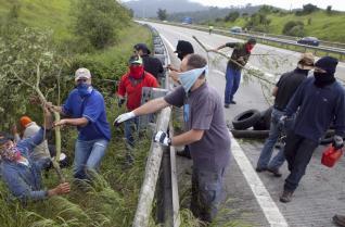 20120607105319-cortes-guerrillas-01.jpg