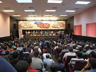 20120609103950-asamblea-mineros-ccoo-lafelguera.jpg