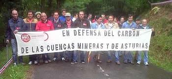 20120610094213-mineros-cortan-rally.jpg