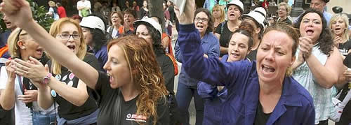 20120629122710-mujeres-mineros-01.jpg