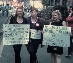 20120808115121-funcionarios-protesta-01.jpg
