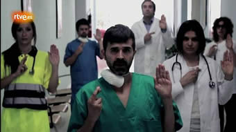 20120901114731-medicos-cruzan-dedos.jpg