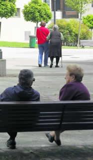 20120917072042-parque-ancianas.jpg