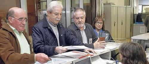 20121103105700-convocan-huelga-14n.jpg