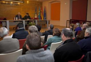 20121129114628-charla-langreo-tino.jpg