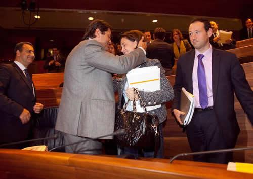 20121229115736-presupuestos-2013-aprobados.jpg