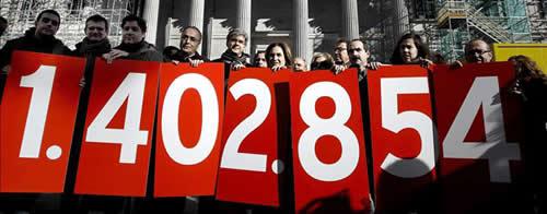 20130212215840-firmas-stop-deshucios.jpg