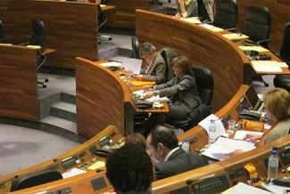 20130308111445-jgpa-plenario-esther.jpg