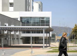 20130514090249-entrada-nuevo-hospital-mieres-01.jpg