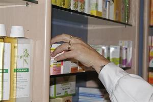 20130528095629-cogiendo-medicamentos.jpg