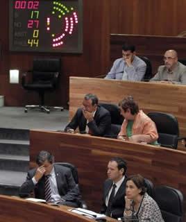 20130727105220-votacion-caso-marea.jpg