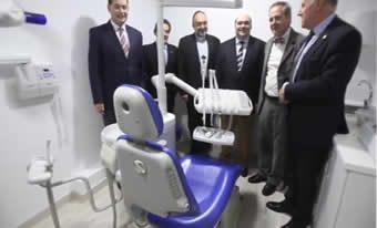 20131109122813-inauguracion-clinica-dental-01.jpg