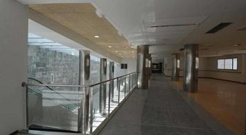 20131210093821-nuevo-hospital-interior-1.jpg