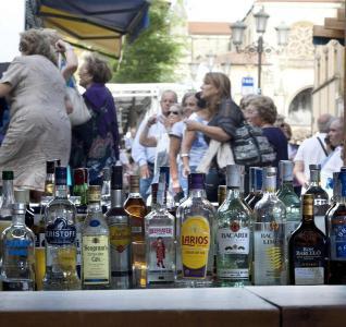 20140220102328-asturias-alcohol.jpg