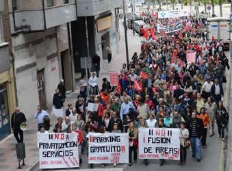 20140501103553-murias-protestan-500.jpg