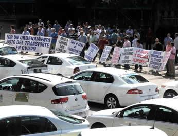 20140815113237-taxistas-oviedo-pp.jpg