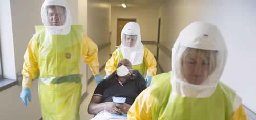 20141026102010-ebola-inglaterra-entrena.jpg
