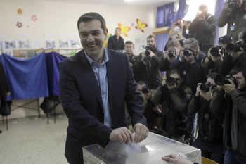 20150125124331-tsipras-vota.jpg