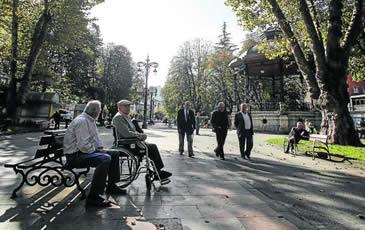 20150404110207-viejos-parque-langreo.jpg