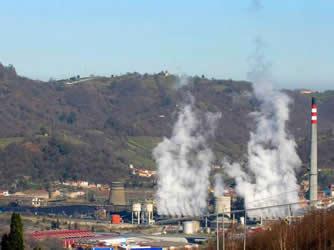 20151219091454-contaminacion-langreo.jpg