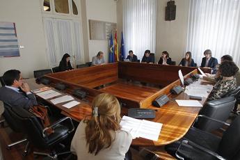 20160505101518-comision-investigacion-listas-espera.jpg