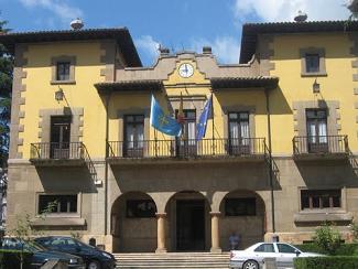 20160525091404-ayuntamiento-de-lena.jpg