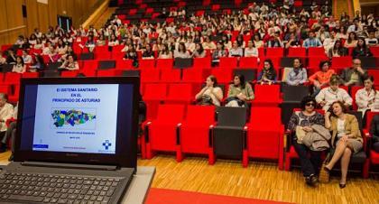 20161027093425-asamblea-medicos-interinos-huca.jpg